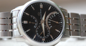 Orient Watches Impresses with the Star DE0002B Retrograde Watch