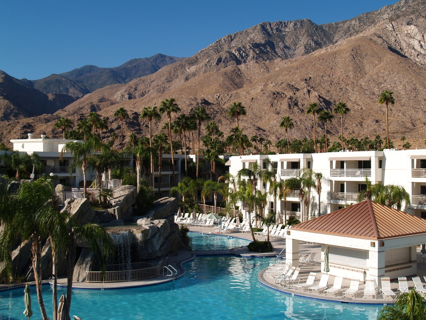 Contemporary Art and Architecture Tour – Palm Springs
