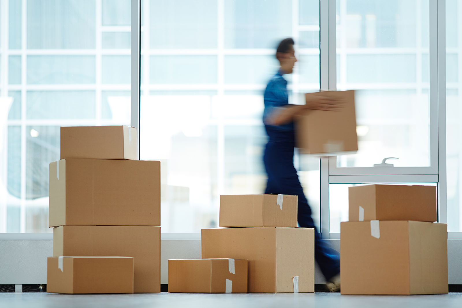 5 Proven Benefits of Working with Artwork Shipping Companies