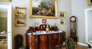 How to Store Antiques and Collectibles: 5 Actionable Tips