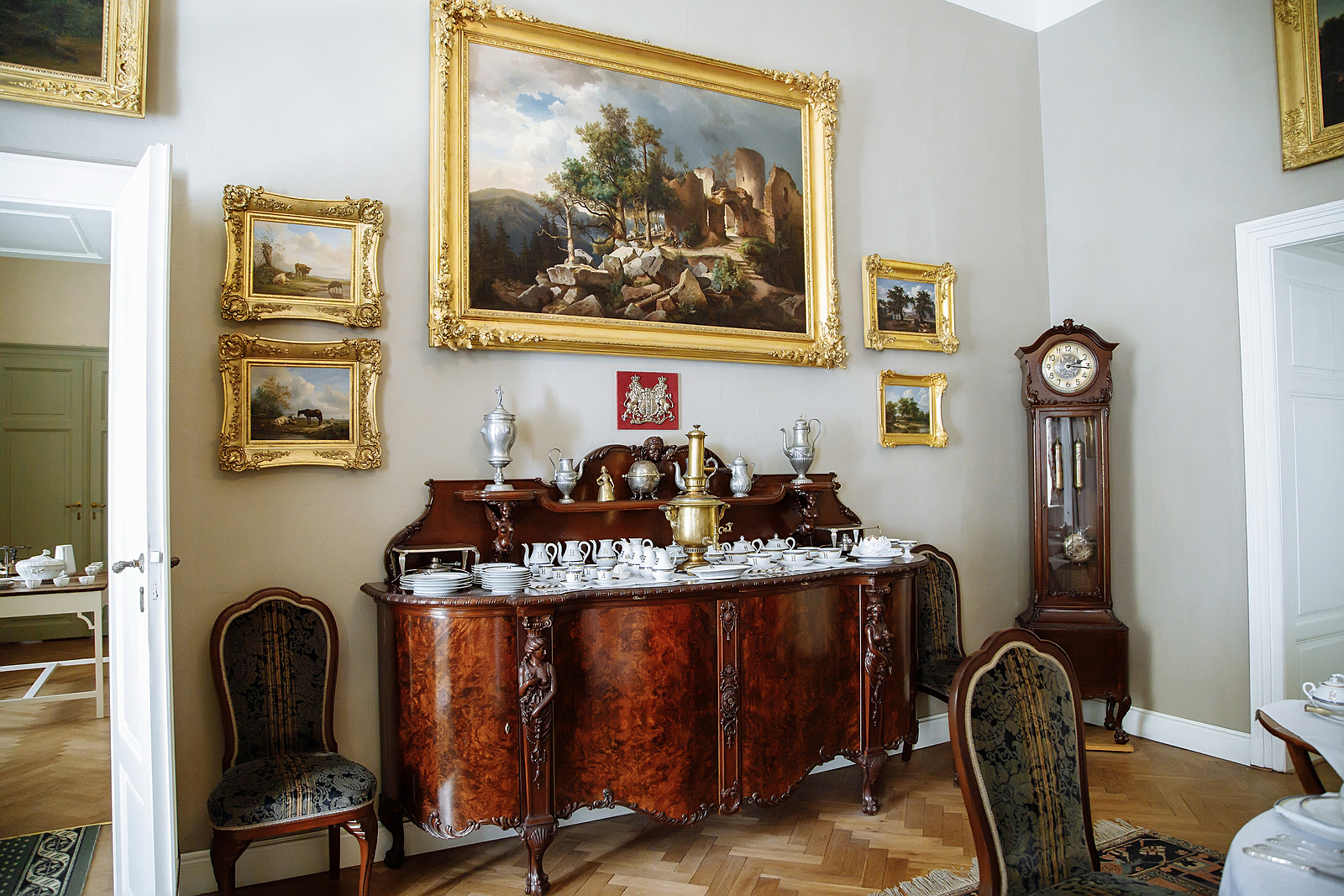 How to Store Antiques and Collectibles