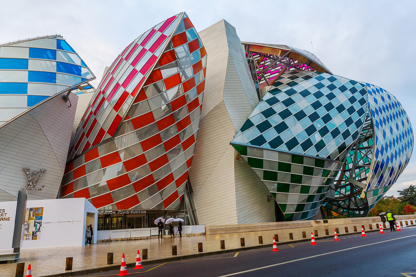 The Louis Vuitton Foundation – A Must-Visit Art Museum in Paris