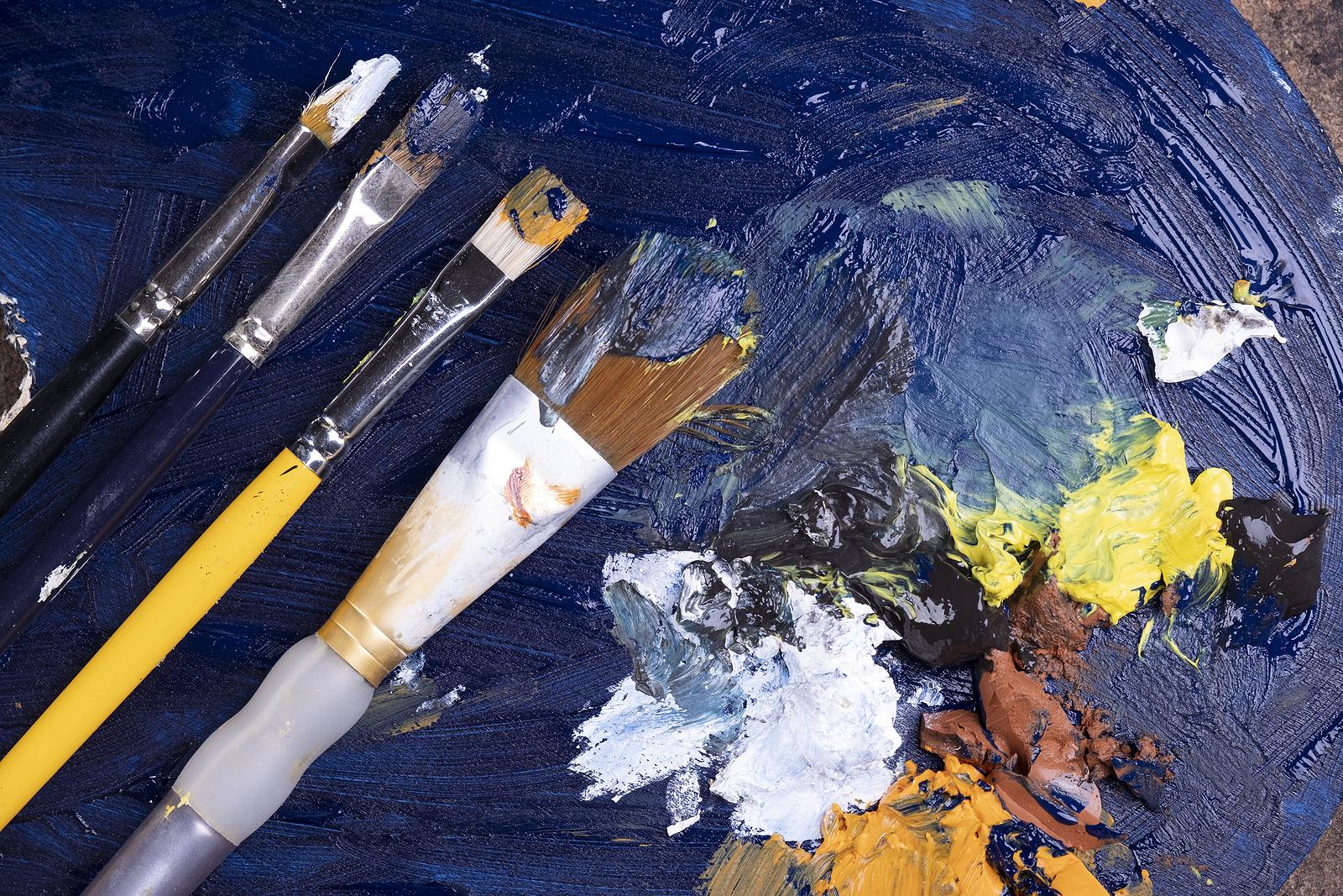 Oil vs. Acrylic Paint