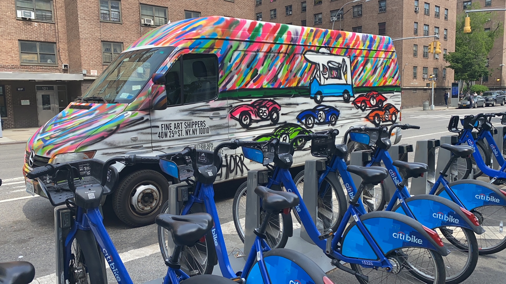 Da Race on Wheels: A Collaborative Art Project Uniting the Industry