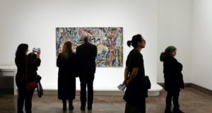 5 Reasons Why You Should Visit Art Galleries More