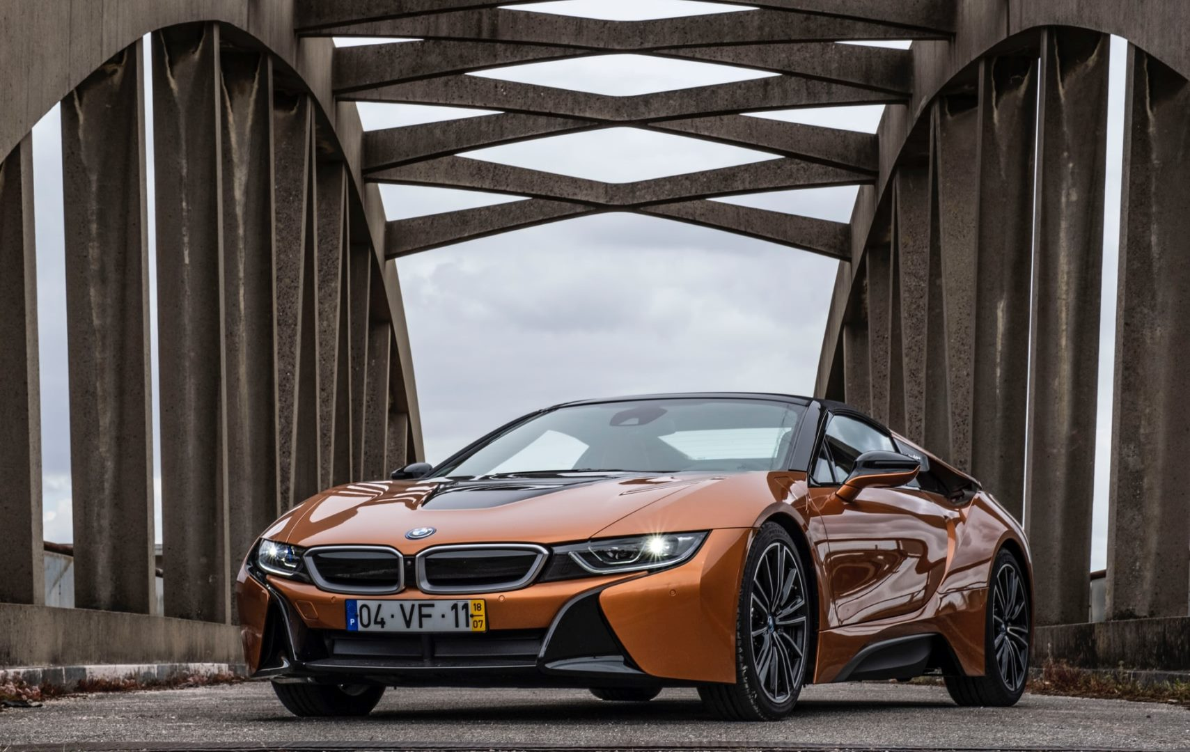 Top 5 Best Luxury Electric Cars in 2021