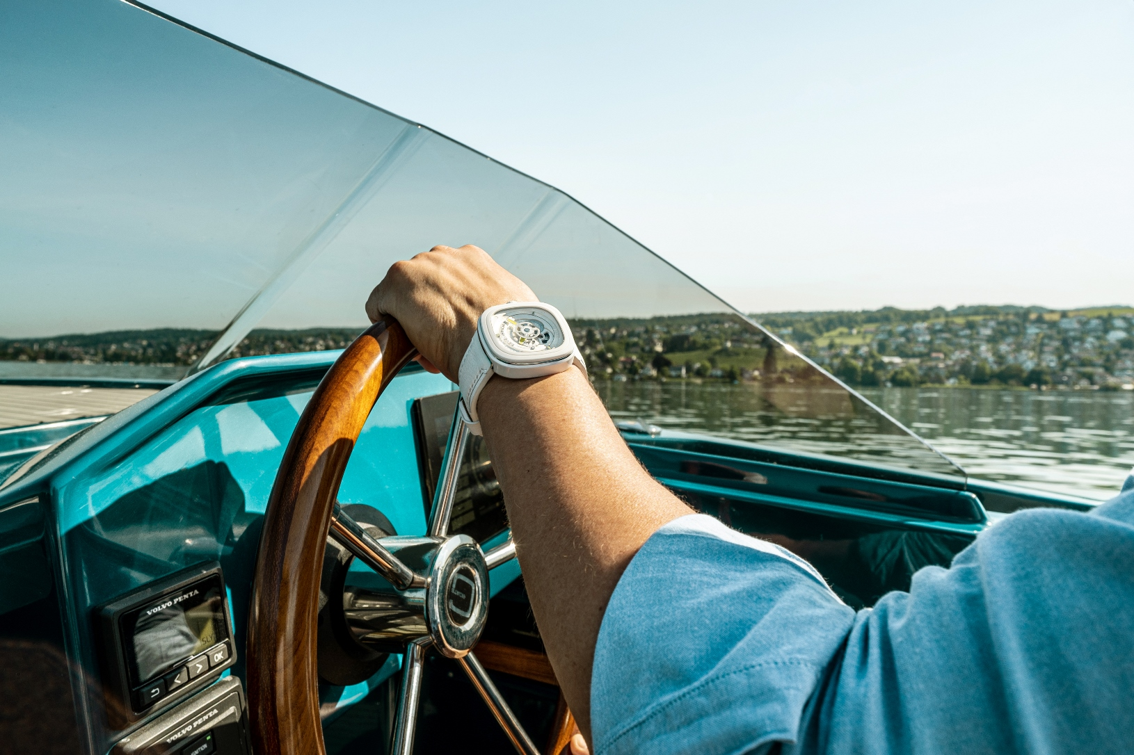 The P1C/04 Caipi, a New Luxury Summer Watch by SevenFriday