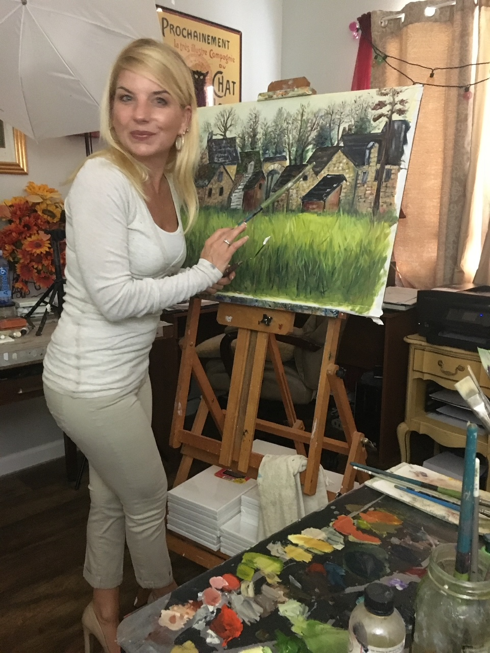 Roxy Rich Creates Impressionist Art Evoking Love and Tranquility